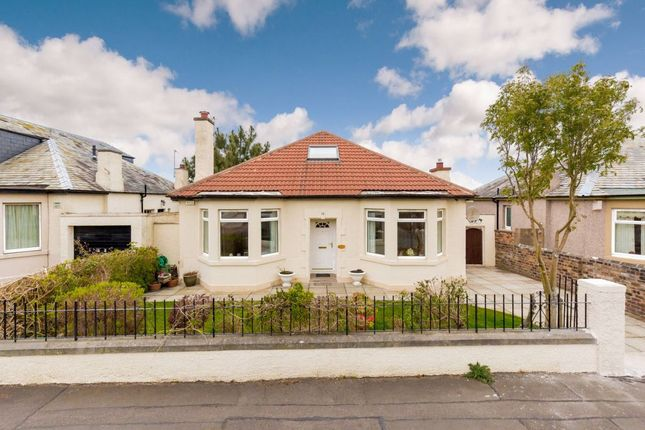 3 bedroom detached bungalow for sale in 18 Duddingston View, Edinburgh