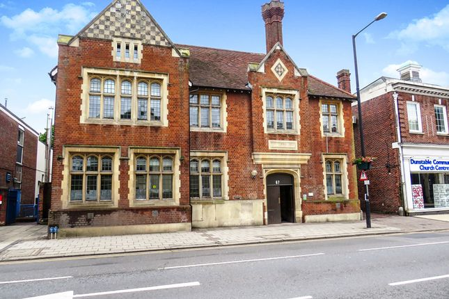 Thumbnail Flat for sale in High Street North, Dunstable