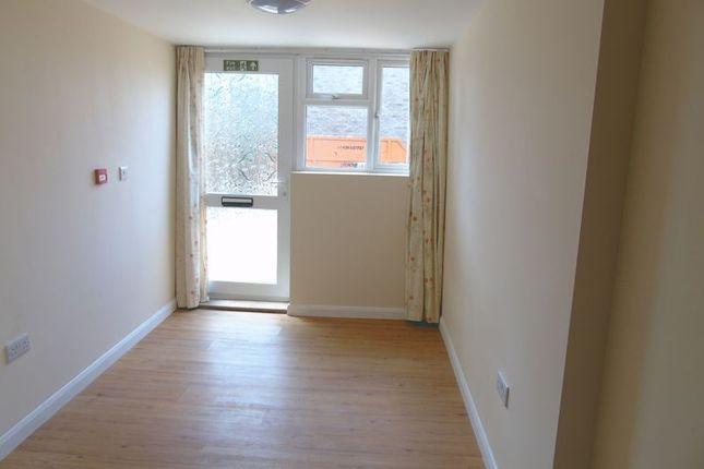 Thumbnail Room to rent in Wisden Road, Stevenage
