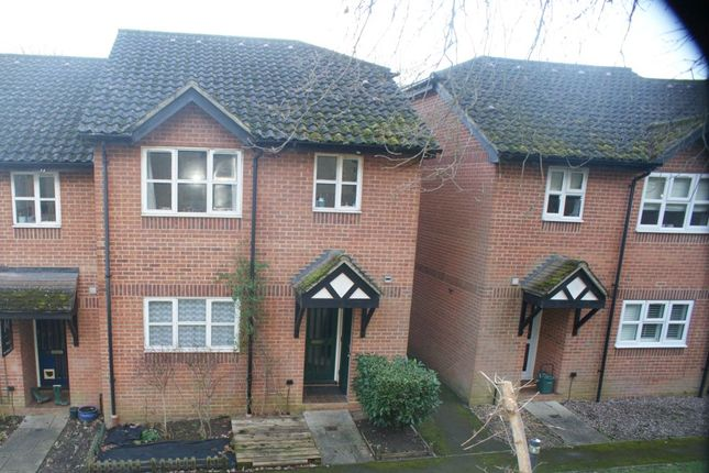 1 bed terraced house to rent in Town End Close, Godalming