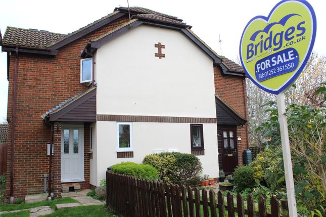 1 bed detached house for sale in Barn Meadow Close, Church Crookham, Fleet GU52