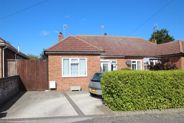 Main Picture of Park Boulevard, Holland-On-Sea, Clacton-On-Sea CO15