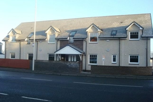 Thumbnail Flat to rent in Kinghorn Road, Kirkcaldy