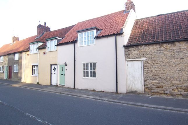 Thumbnail Cottage to rent in Main Street, Scarborough
