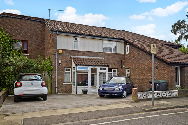 Thumbnail Semi-detached house for sale in Bracknell Close, London