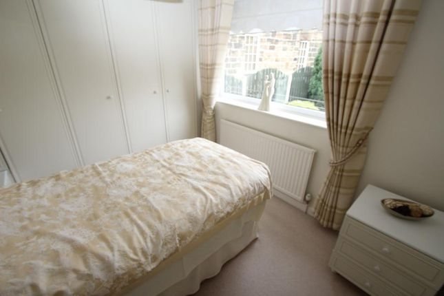 Bedroom 2 of Cottage Court, Horbury Road, Cudworth S72