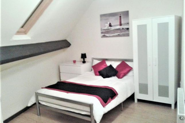 Thumbnail Room to rent in 2 Tong Road, Leeds