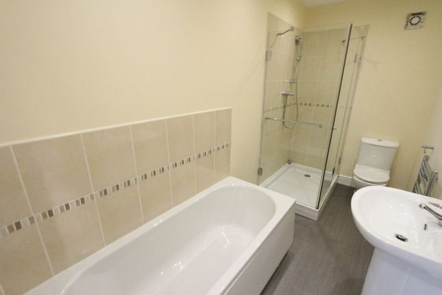 Thumbnail Flat to rent in Haigh Road, Waterloo, Liverpool