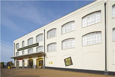 Thumbnail Warehouse to let in Coombe Road, Brighton