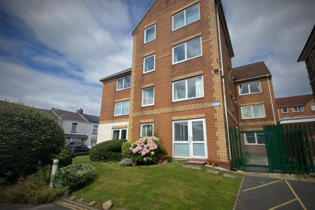 Thumbnail Flat for sale in Homegower House, St Helens Road, Swansea