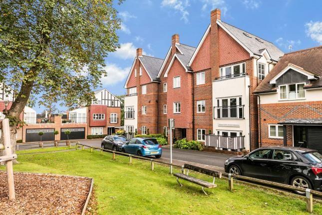 3 bed flat for sale in Guildford, Surrey, United Kingdom GU1