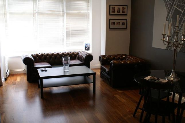 Thumbnail Flat to rent in Church Wood Avenue, Leeds