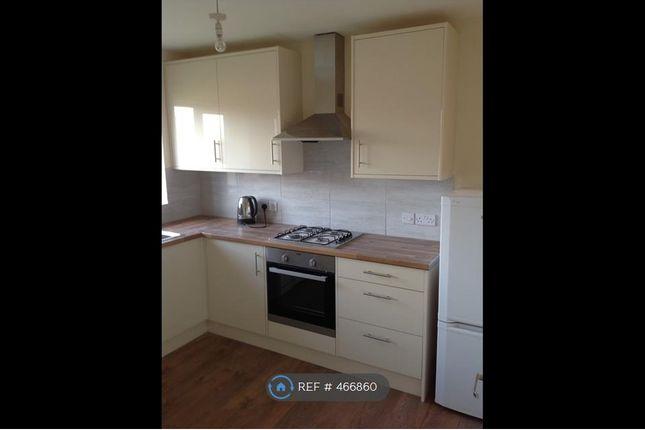 Thumbnail Flat to rent in Hever Croft, New Eltham/ Chislehurst