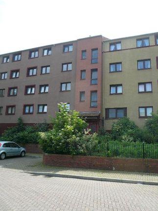 Thumbnail Flat to rent in Barn Park, Edinburgh