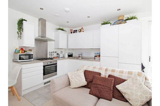 1 bed flat for sale in 3 Laundry Close, Croydon CR0