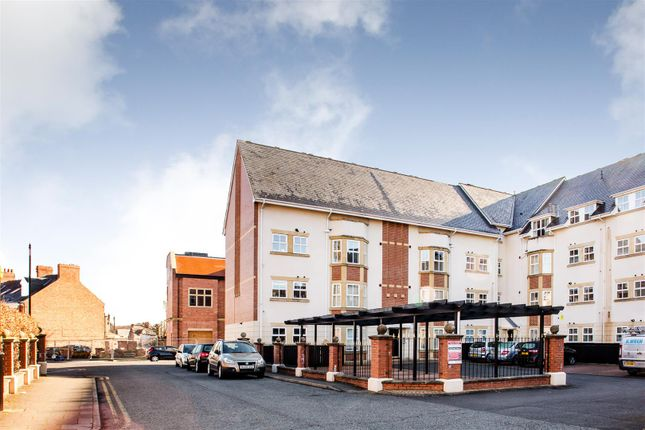Thumbnail Flat for sale in Sovereign Court, Sandyford, Newcastle Upon Tyne