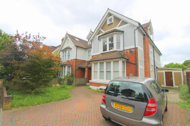 Thumbnail Property for sale in Park Hill Road, Wallington