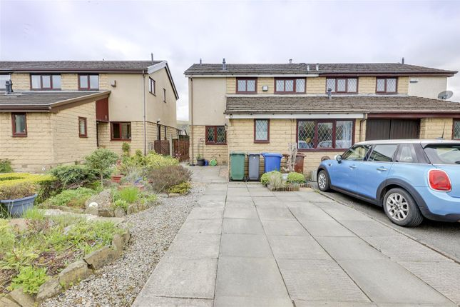 4 bed semi-detached house for sale in Worston Close, Constable Lee, Rossendale BB4