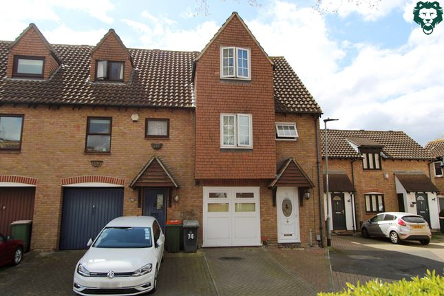 Thumbnail Town house to rent in Fulmer Road, Beckton