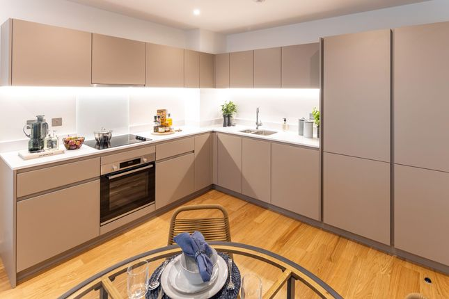 1 bedroom flat for sale in Samara Drive, Southall, London, Ealing