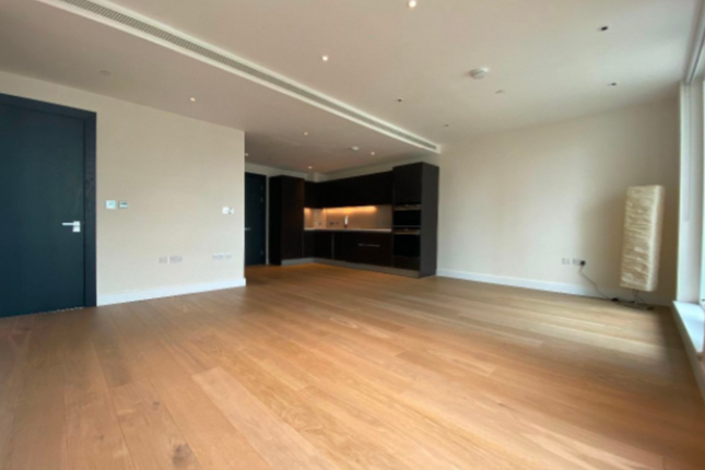 Thumbnail Flat for sale in Valetta House, 336 Queenstown Road, London