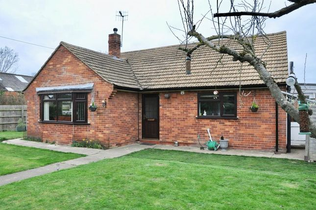 Thumbnail Detached bungalow for sale in High Street, Honeybourne, Evesham