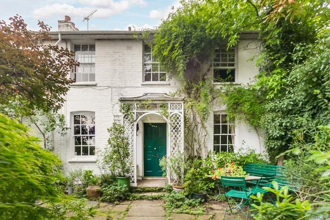 Thumbnail Detached house for sale in Strand On The Green, London