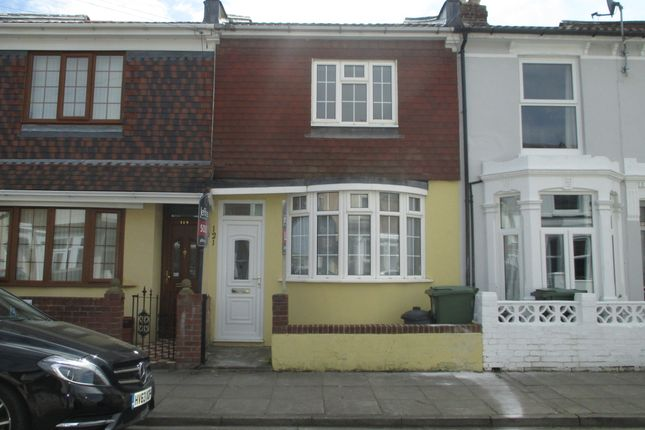 3 bed terraced house to rent in Westfield Road, Southsea