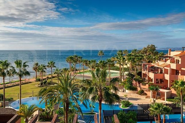 3 bed apartment for sale in Marbella, Málaga, Spain