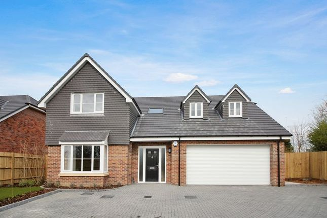 Detached house for sale in Pylands Lane, Bursledon, Southampton