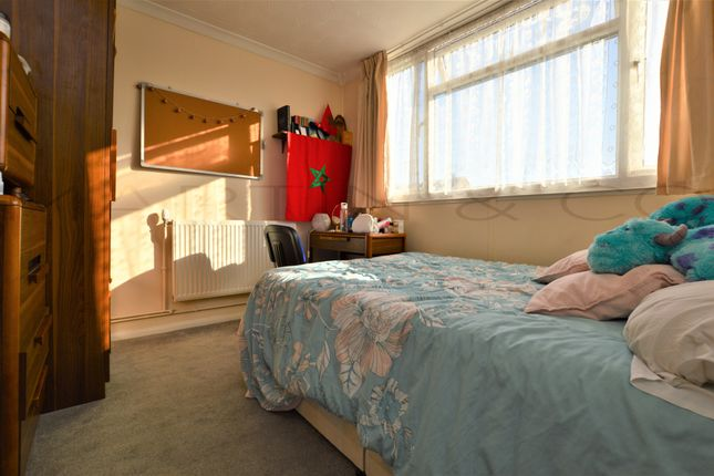 Thumbnail End terrace house to rent in Church Street, Gillingham
