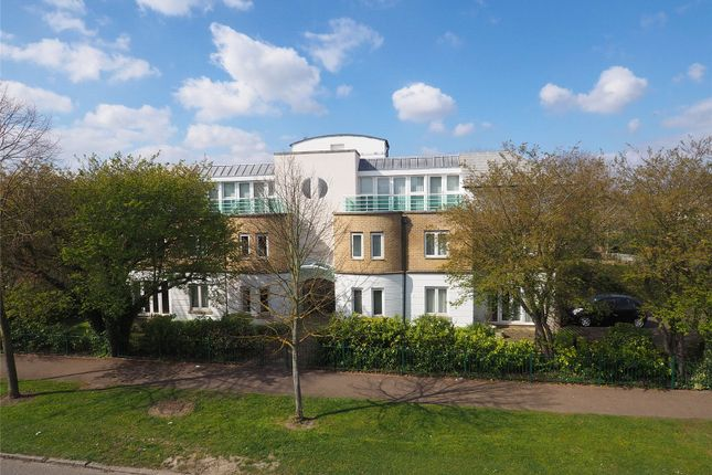Thumbnail Flat for sale in Mulgrave Court, Mowbray Road, Cambridge