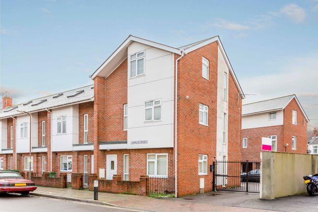 Thumbnail Flat to rent in Charlotte Terrace, Warren Avenue, Southsea
