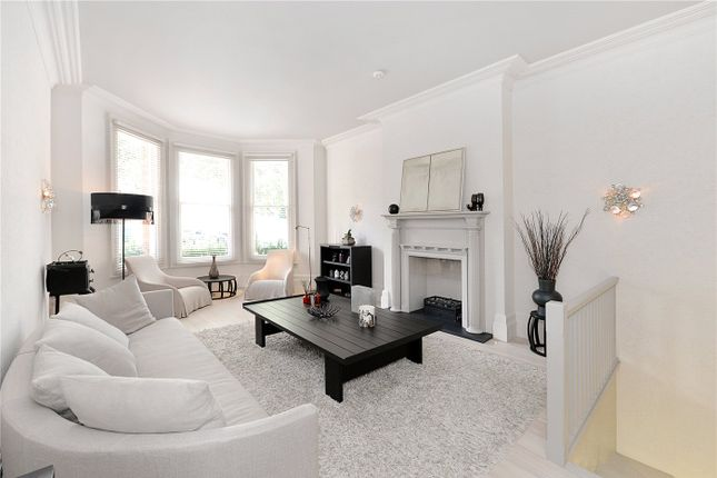3 bed maisonette for sale in Egerton Gardens, London