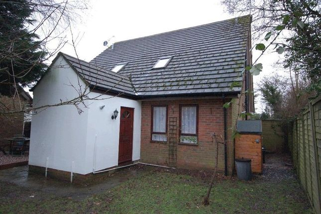 Thumbnail Terraced house to rent in Frieth Close, Earley, Reading