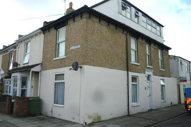 Thumbnail Flat to rent in Ewart Road, Portsmouth