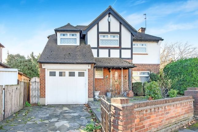 4 bed detached house for sale in Eastwood Road, South Woodford