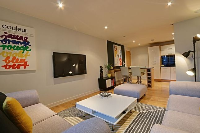 Thumbnail Flat for sale in Dock Street, Hull