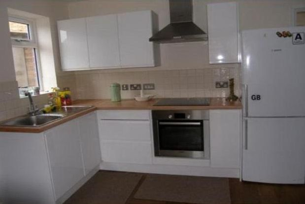 Thumbnail Property to rent in Spalding Way, Cambridge