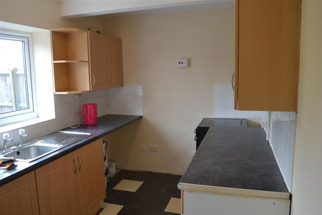 Kitchen of Drayton Street, Alumwell, Walsall WS2