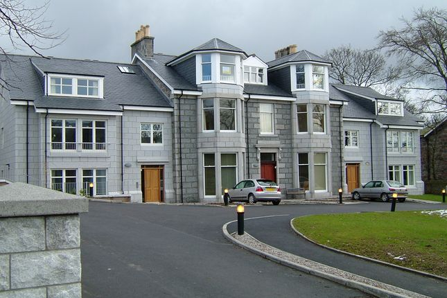 Thumbnail Flat to rent in Polmuir Road, Aberdeen