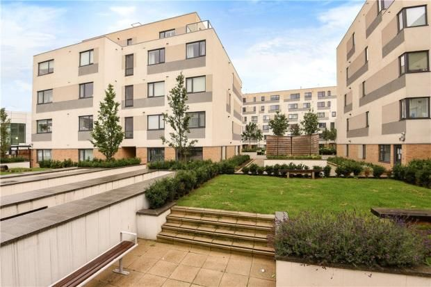 2 bed flat for sale in West Plaza, Town Lane, Stanwell