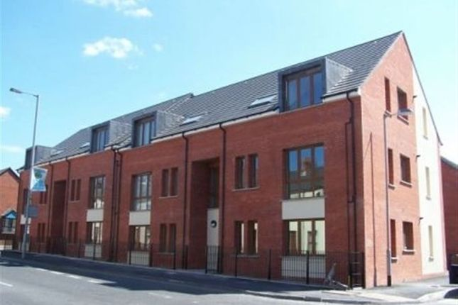 Thumbnail Flat to rent in Woodstock Road, Belfast