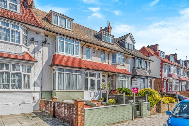 Thumbnail Flat for sale in Ansell Road, London