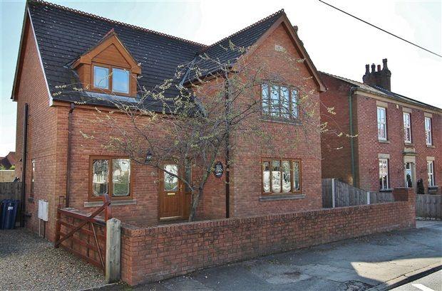 Thumbnail Property for sale in Chapel Lane, Preston