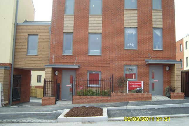 Thumbnail Terraced house to rent in Mildren Way, Devonport, Plymouth