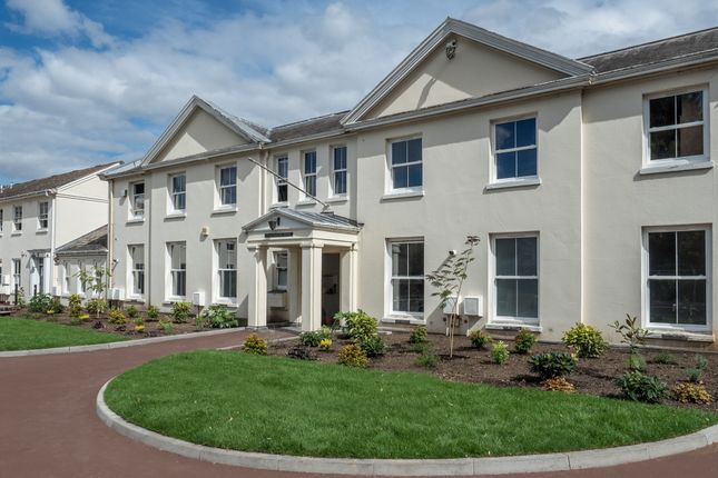 Thumbnail Flat for sale in Walton Road, Wellesbourne, Warwick