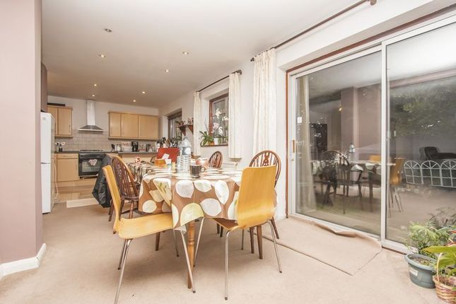 Thumbnail Semi-detached house to rent in Hempstead Road, London