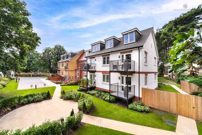 Thumbnail Flat for sale in 2 Langton Lodge, Thorpe Road, Staines-Upon-Thames