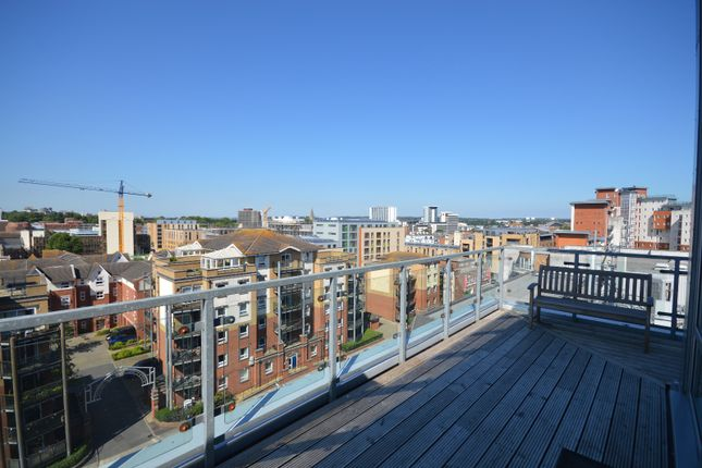 Thumbnail Flat for sale in High Street, City Centre, Southampton, Hampshire